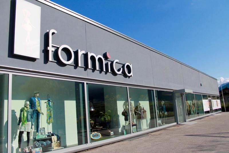 vetreria gottardi, vetri isolanti, vetrate, vetri negozio, negozio abbigliamento