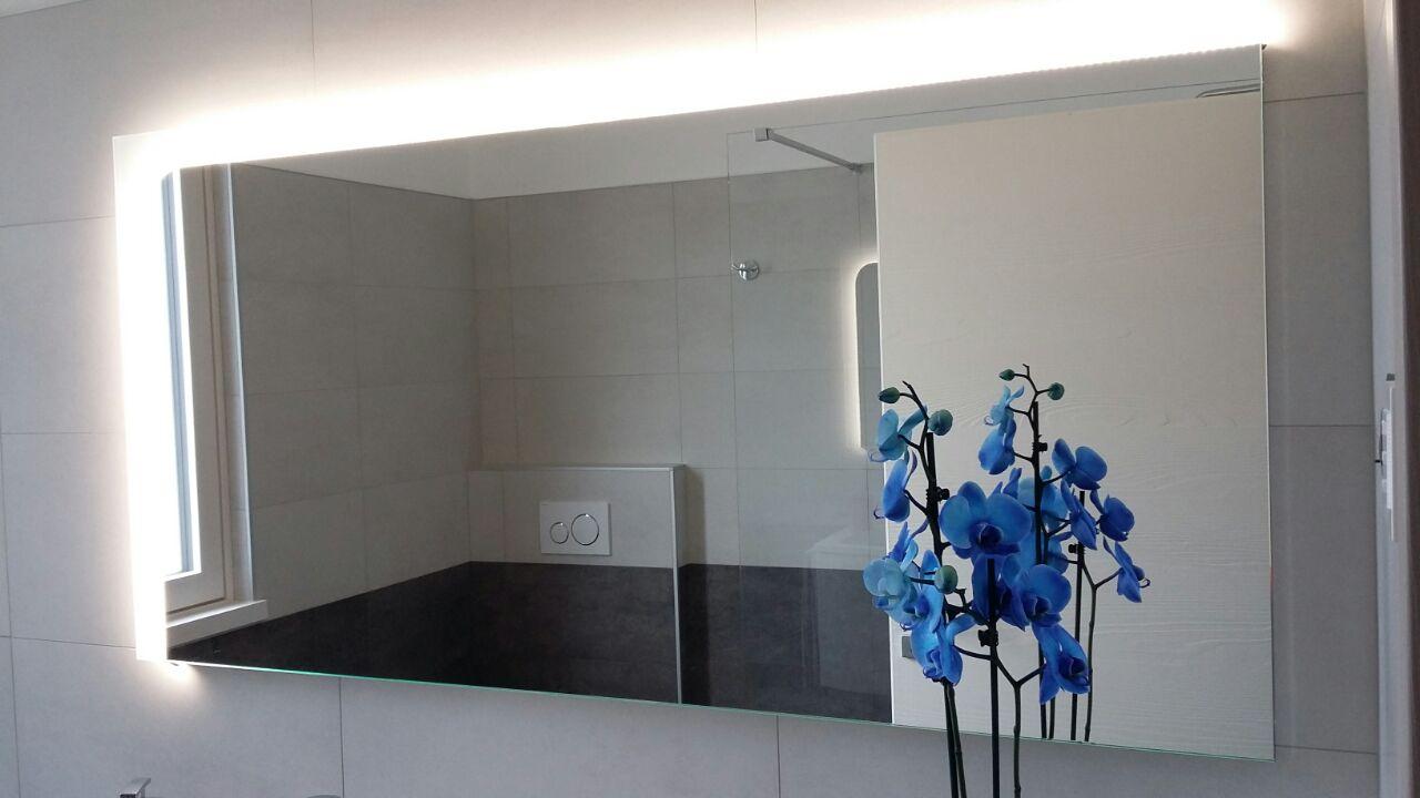 vetreria gottardi, specchio, illuminazione, specchio illuminato, specchio sabbiato, sabbiatura, vetro