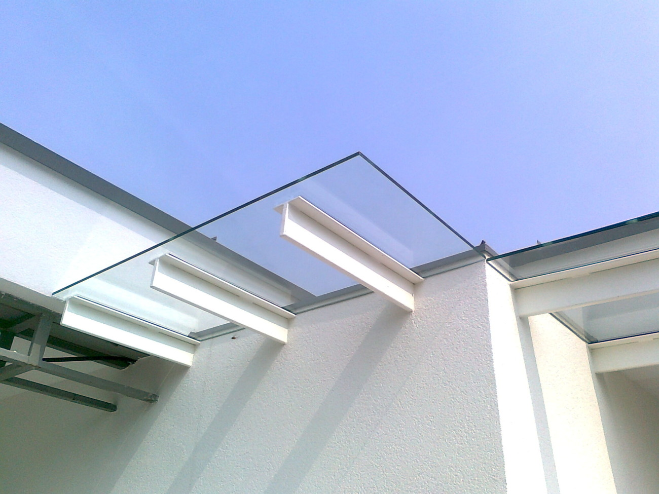 vetreria gottardi, vetreria, gottardi, pensilina, vetro, pensilina in vetro, pensilina trasparente, design, pergine, trento