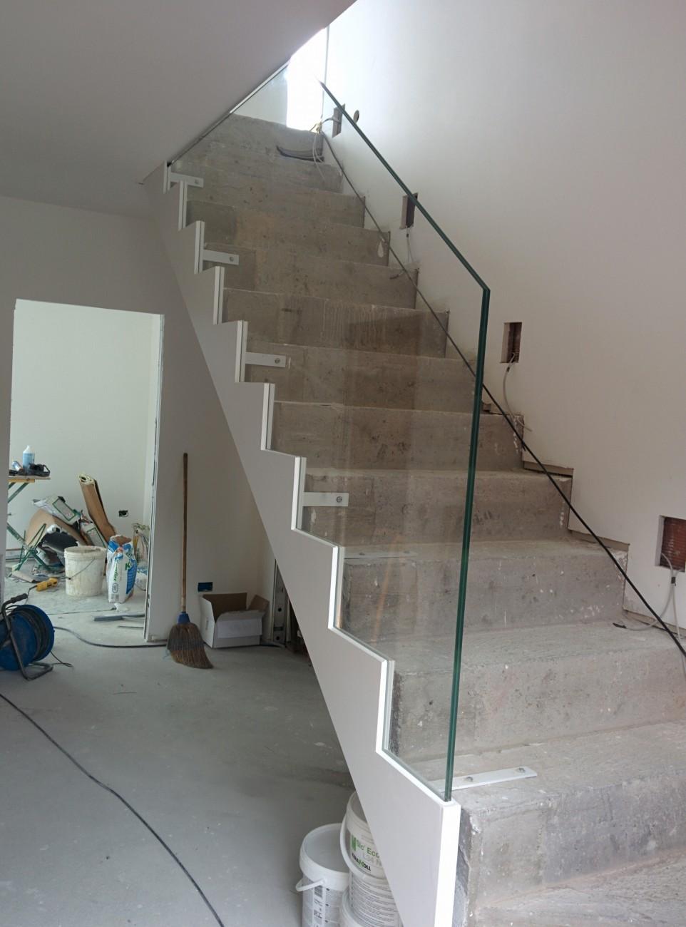 Parapetti esterni e interni vetreria gottardi - Parapetti in vetro per scale ...