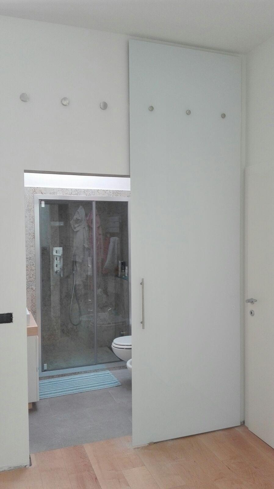 vetreria gottardi, porta temperata, porta scorrevole, porta in vetro, porta laccata